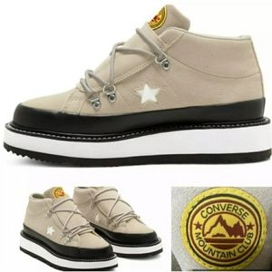 Converse Mountain Club Fleece Lined Mid Top Boots